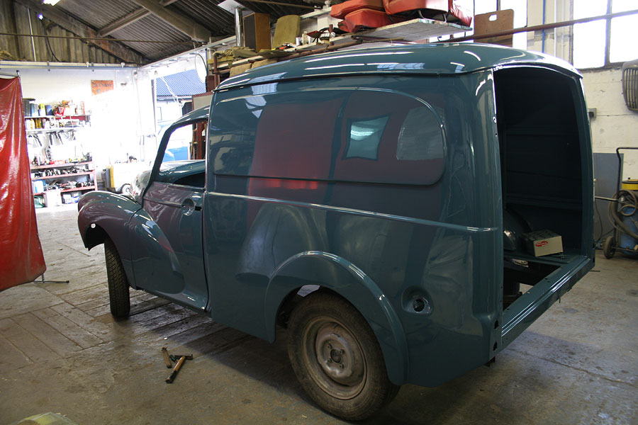 Morris Minor Workshop Bodyshop For Accident Repairs